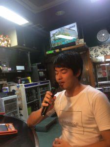 大阪、四条畷の宝雪酒坊(ほうせつしゅぼう)でカラオケ